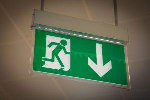 Normy dotyczące znaków bezpieczeństwa