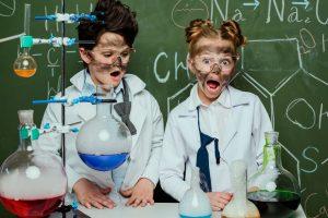 Laboratorium – BHP i prawidłowe oznaczenia