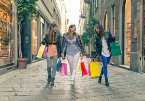 Obiekty handlowe – znaki bezpieczeństwa i tablice informacyjne