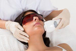 Promieniowanie laserowe – bezpieczeństwo i ostrzeżenia