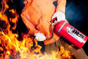 Pożar w miejscu pracy – jak działać?