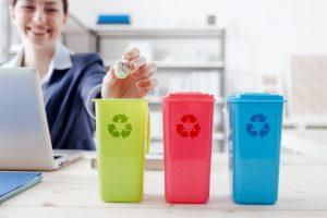Jakie kosze na śmieci do firmy?