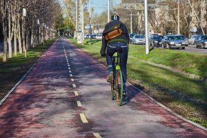 Znaki rowerowe na drodze