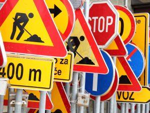 Wysokość umieszczania znaków drogowych