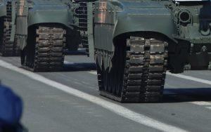 Znaki dla kierujących pojazdami wojskowymi