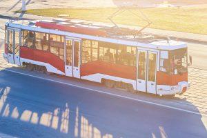 Uwaga tramwaj – znak drogowy A-21