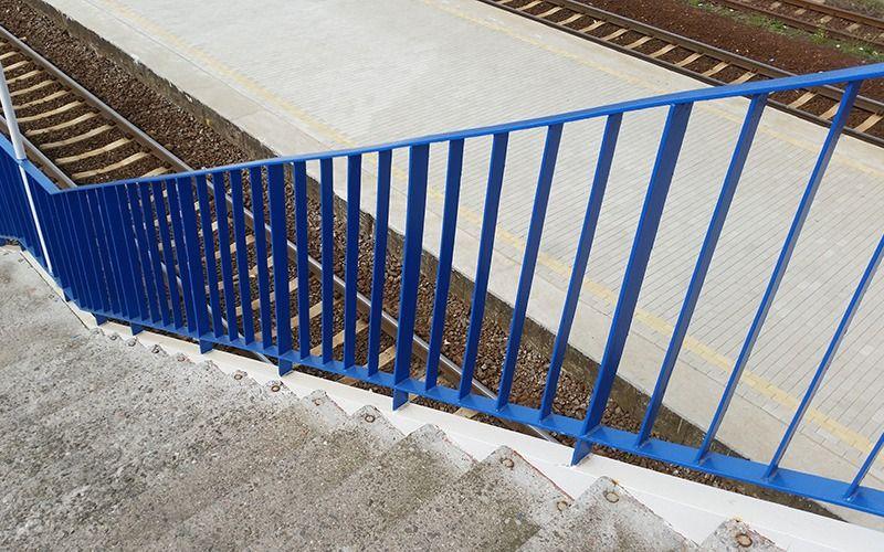 Poręcz schody szczeblinkowa, malowanie RAL