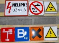 Tablica emaliowana na zamówienie - tabliczki orientacyjne wodociągów, gazowe