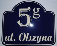 Tabliczka hipoteczna, emaliowana z adresem, nazwą ulicy oraz numerem, ozdobna