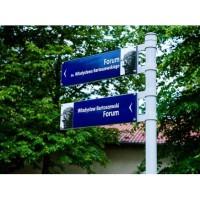 Tabliczki adresowe, miejskie na słupki, z nazwami ulic